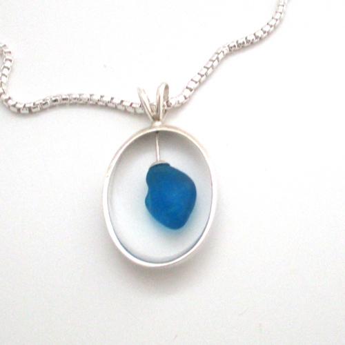 turquoise sea glass parabloci necklace 1