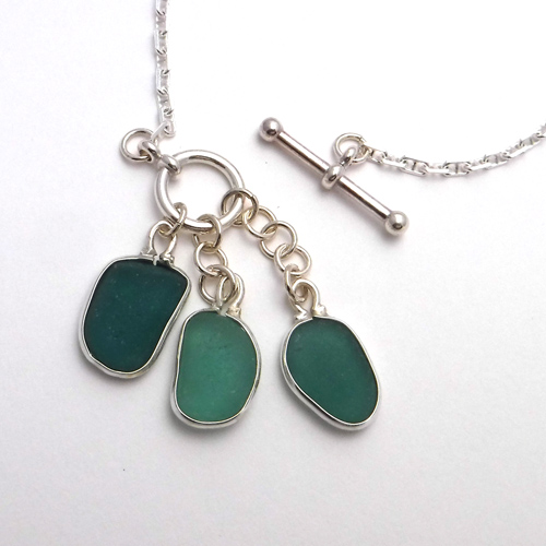green sea glass necklace 1
