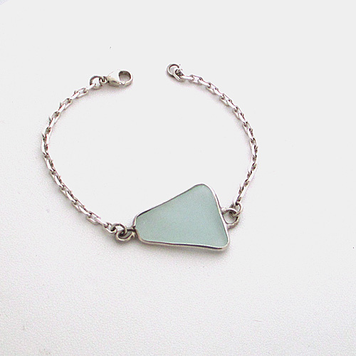 Sky blue sea glass bracelet_edited-1