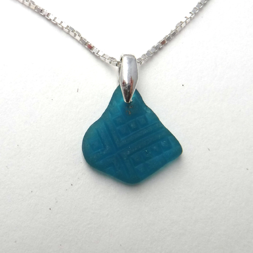 dainty turquoise necklace 1