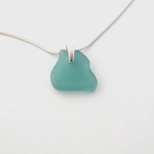 dainty turquoise necklace1