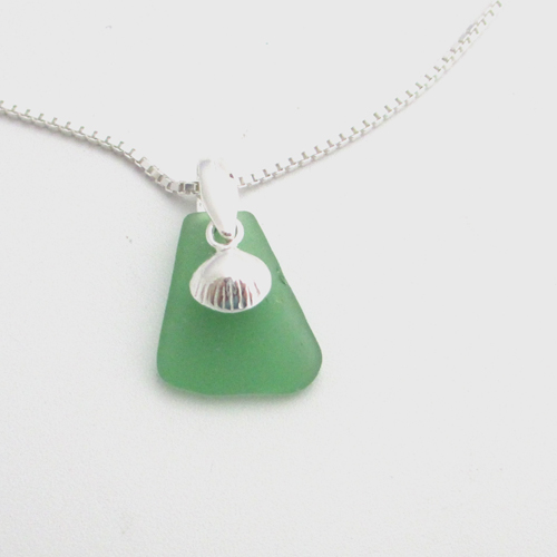 green sea glass necklace1