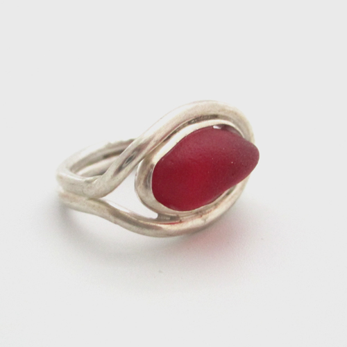 red sea glass ring4 5