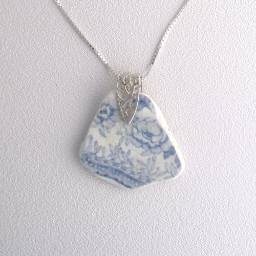 pottery necklace 1